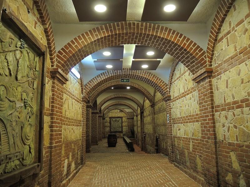 Cave Salle Jeu